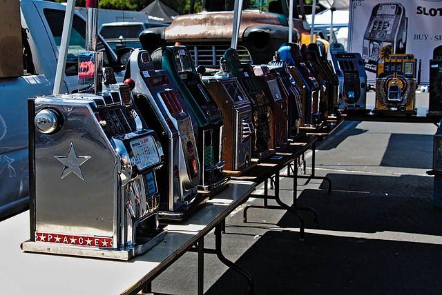 Spielautomaten auf dem Flohmarkt